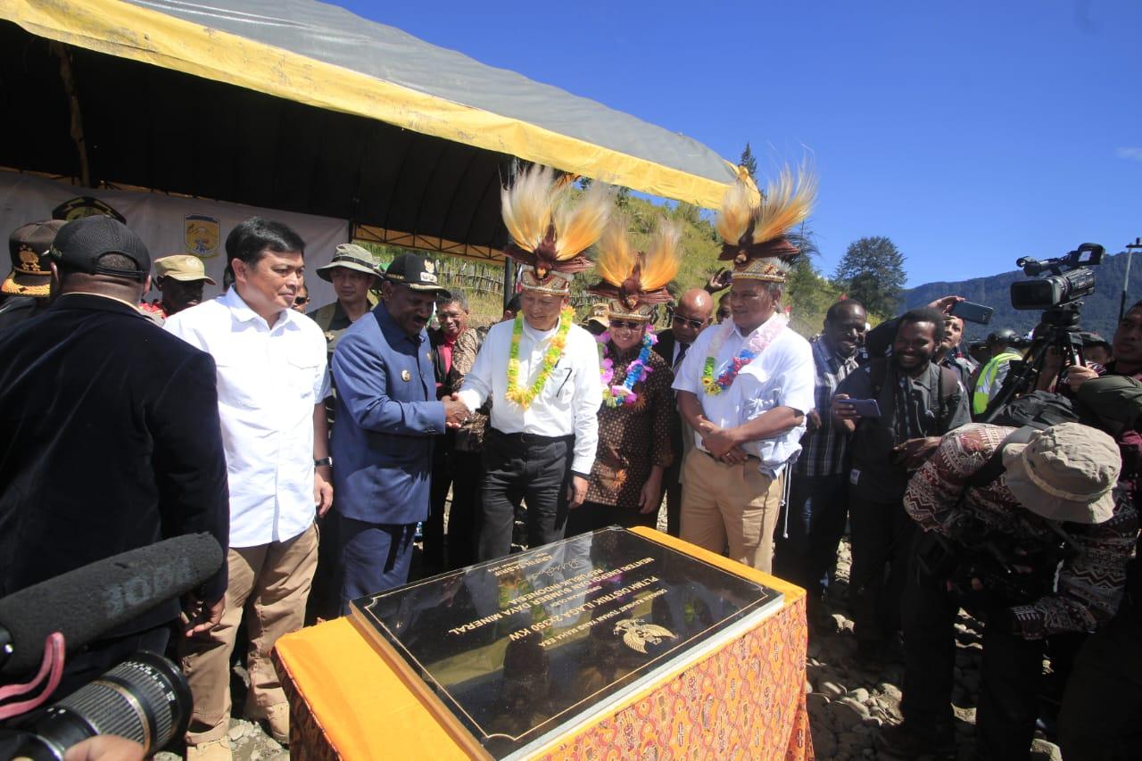 Menteri ESDM Resmikan PLTMH di Kabupaten Puncak Papua