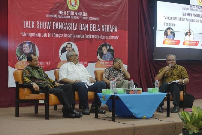 Talk Show Pancasila dan Bela Negara Menjadi Manusia yang Merdeka