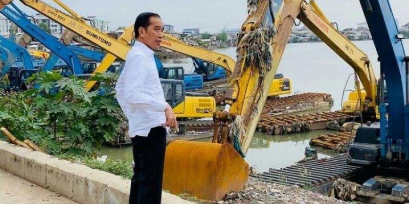 Janji Jokowi Atasi Banjir Ibukota Harus Didukung