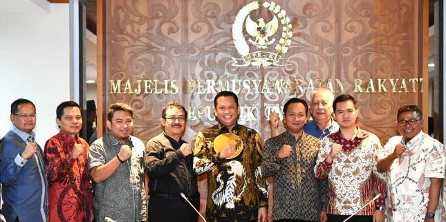 Ketua MPR Ajak Anggota DPRD Tanamkan Nilai-Nilai Pancasila ke Generasi Muda
