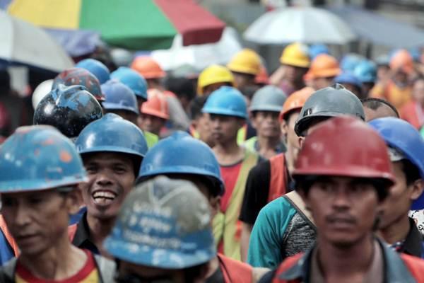 Menaker Soal Omnibus Law: Di Dada Kami Ada Buruh