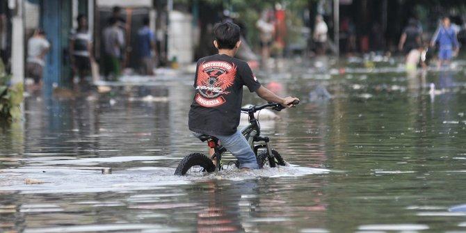 Jurus Pemerintahan Jokowi Atasi Banjir di Jakarta