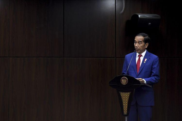 Jokowi Minta Masyarakat Pahami RUU Omnibus Law Sebelum Mengkritik