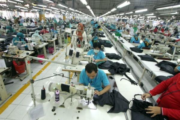 Aktivitas manufaktur lemah, omnibus law dan penurunan biaya logistik dibutuhkan