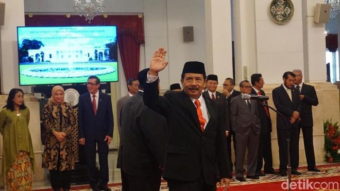 Jokowi ke Kepala BPIP yang Baru: Bumikan Pancasila, Terutama ke Anak Muda