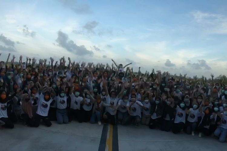 Presiden Jokowi Sampaikan Terima Kasih kepada Masyarakat Natuna soal Observasi
