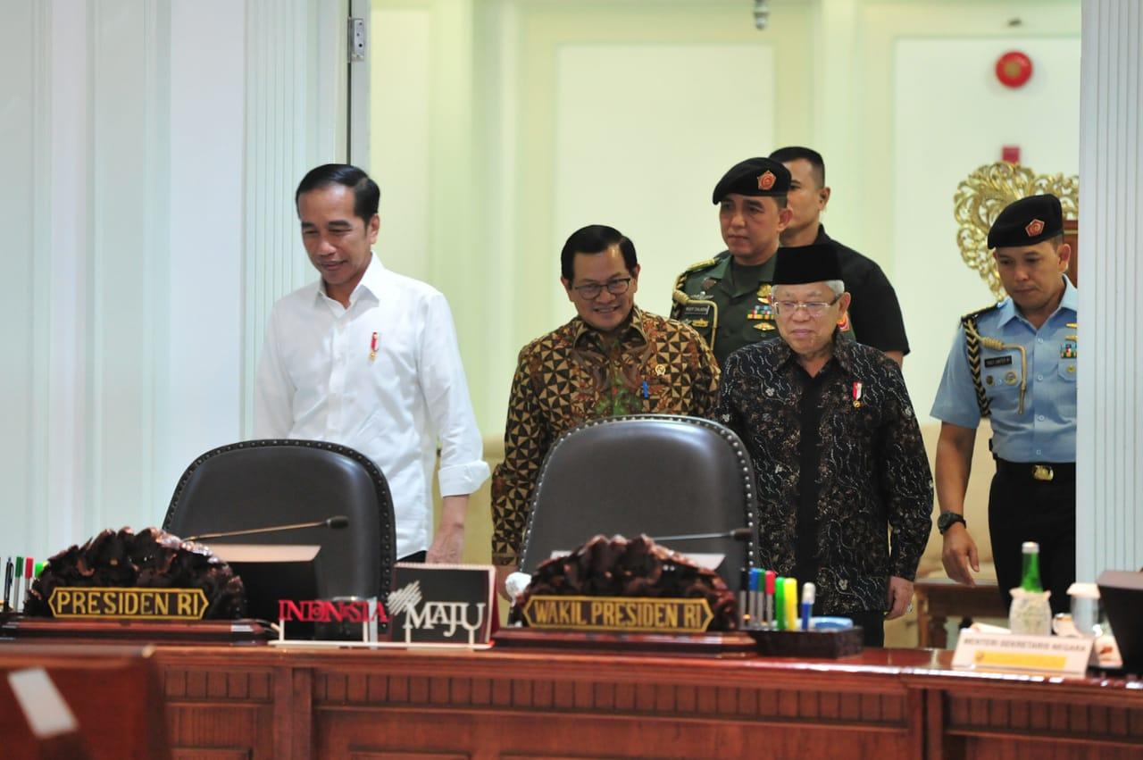 Presiden Minta Seluruh Instrumen Digunakan untuk Perkuat Daya Tahan Ekonomi