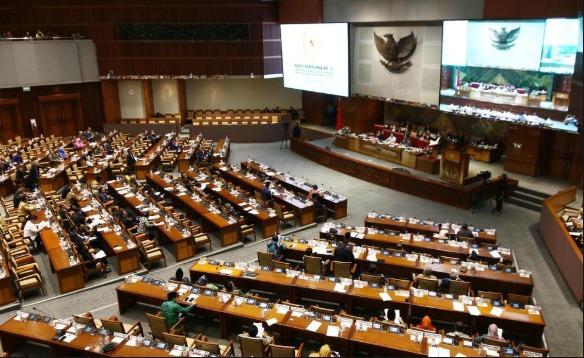 DPR Dorong Pembahasan RUU Omnibus Law di Badan Legislasi DPR