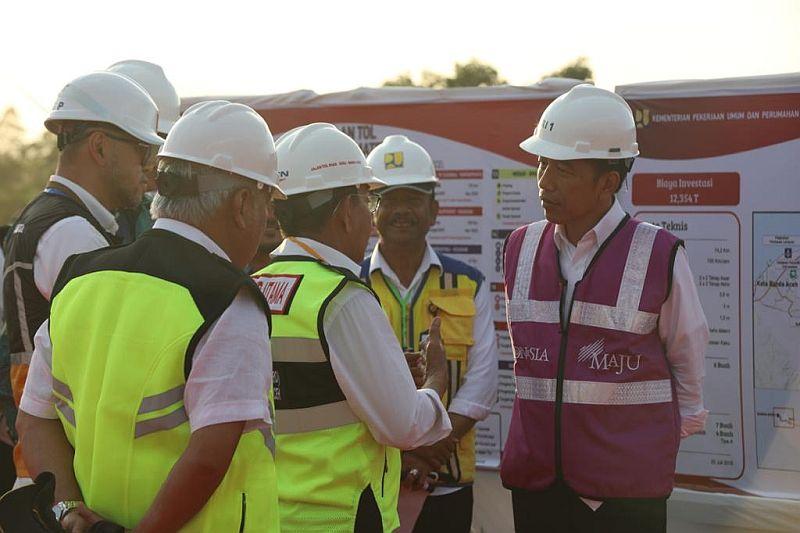 Jokowi Apresiasi Progress Pembangunan Jalan Tol di Aceh