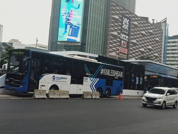 Jokowi: Transportasi Publik Harus Tetap Tersedia!