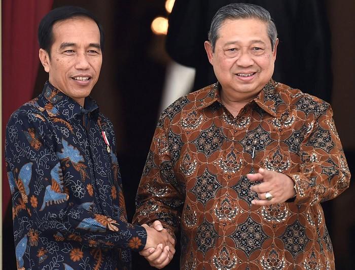Tanggapi Kebijakan Presiden, SBY Dukung Jokowi: Lockdown Belum Perlu Dilakukan