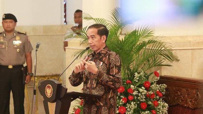 Jokowi Akan Alihkan Dana Proyek untuk Penanganan Virus Corona