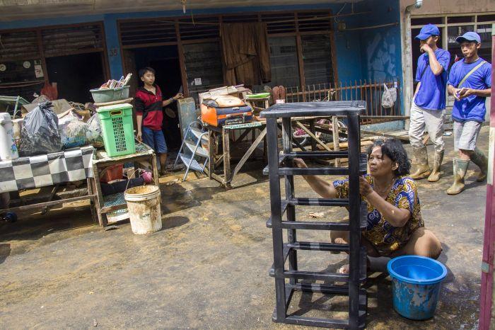 Kurangi Risiko Penularan Korona, Yuk Bersihkan Rumah