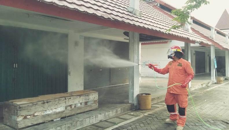 Bantul Gencarkan Penyemprotan Disinfektan di Tempat Umum
