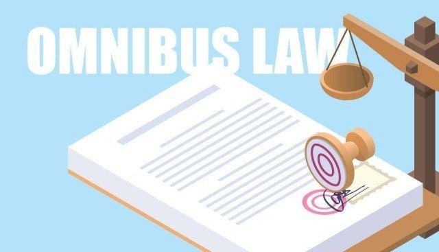 Akademisi Nilai Omnibus Law Jalan Keluar Atasi Buruknya Regulasi Perizinan