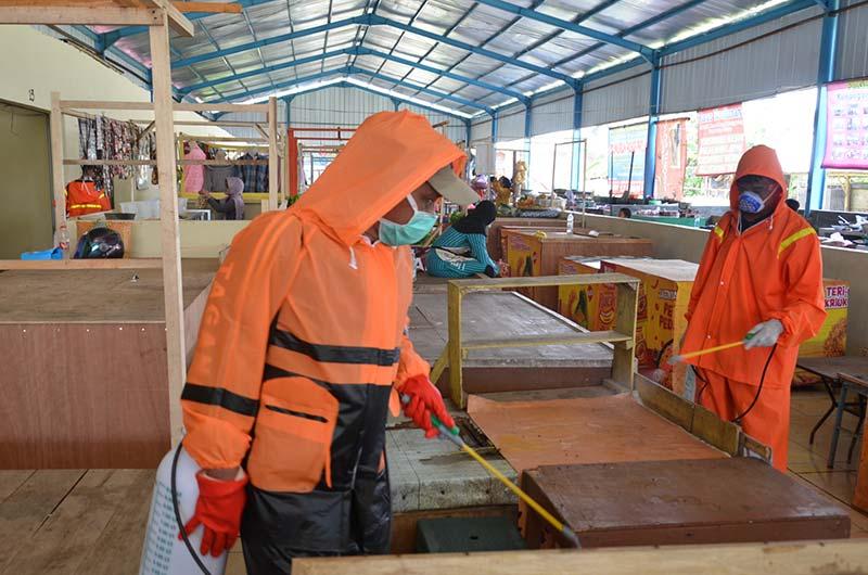 Wabah Corona, Seluruh Pasar Tradisional di Sleman Disemprot Disinfektan
