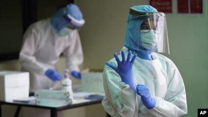 Pemerintah Distribusikan Ribuan APD dan Masker ke Daerah