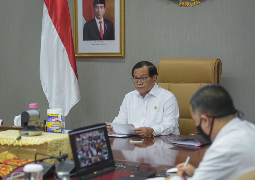 4 Arahan Presiden Antisipasi Pemenuhan Kebutuhan Pokok Saat Pandemi Covid-19