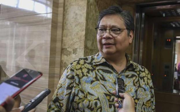 Pemerintah ingatkan pengusaha wajib bayar THR, meski terdampak corona