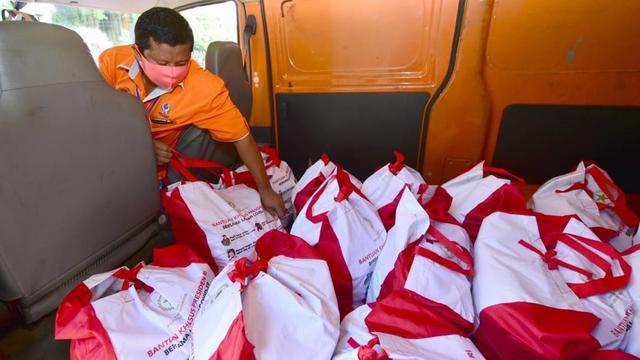 Pemerintah Targetkan Bansos di Jabodetabek Selesai Tersalurkan Sebelum Lebaran