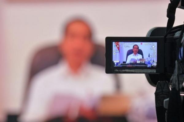 Jokowi Minta Menteri dan Kepala Lembaga Fokus Kendalikan Covid-19