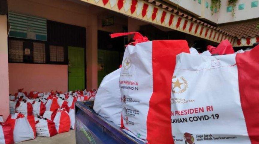 Lebih dari 200 Ribu Bantuan Pokok Telah Disalurkan Pemerintah Bagi WNI Diluar Negeri