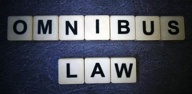 Pengamat: Omnibus Law RUU Ciptaker Mampu Atasi Tumpang Tindih Perizinan