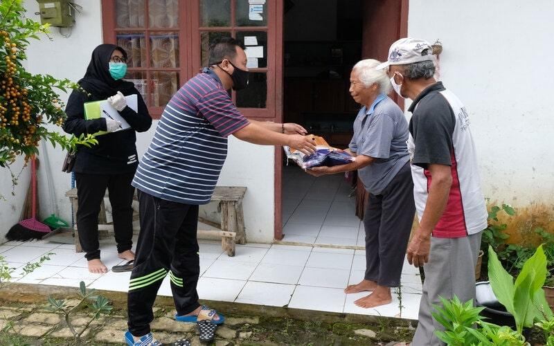 Sebelum Lebaran, 93% Bansos Tunai Disalurkan Langsung