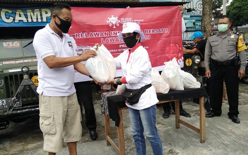 Relawan Bantu Pelaku Wisata Terdampak Covid-19