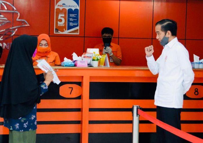 Bertahan Saat Pandemi, Jokowi Ajak Masyarakat Beli Produk Lokal