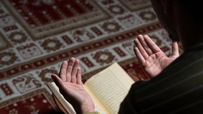 Tata Cara Lengkap Sholat Idul Fitri di Rumah atau Masjid Saat Pandemi COVID-19