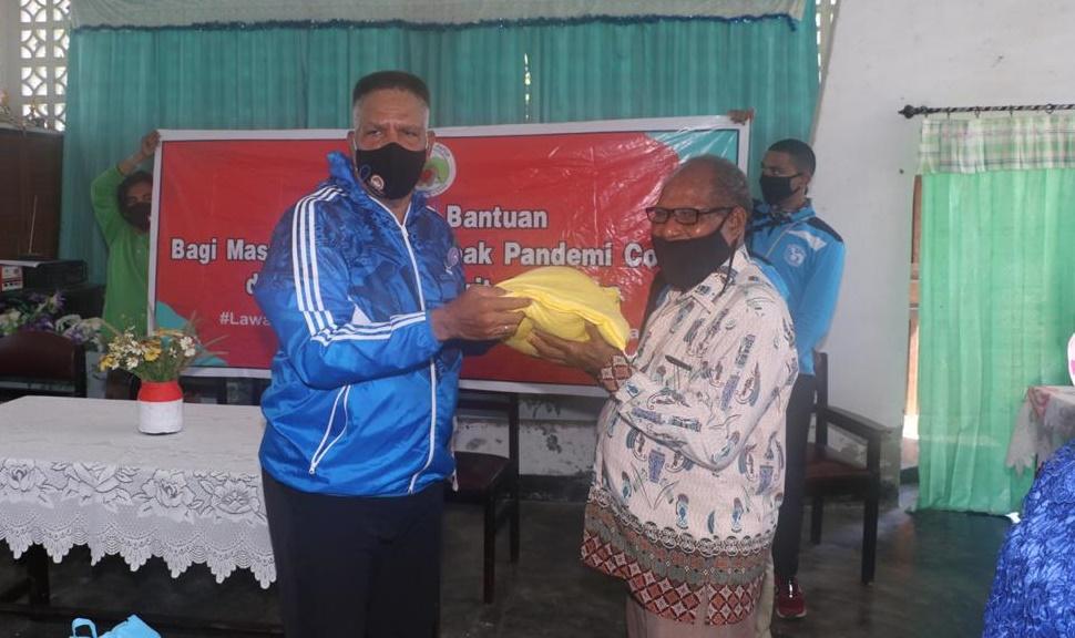 Polda Papua dan `The Spirit of Papua` salurkan puluhan bantuan ke rumah ibadah di Papua