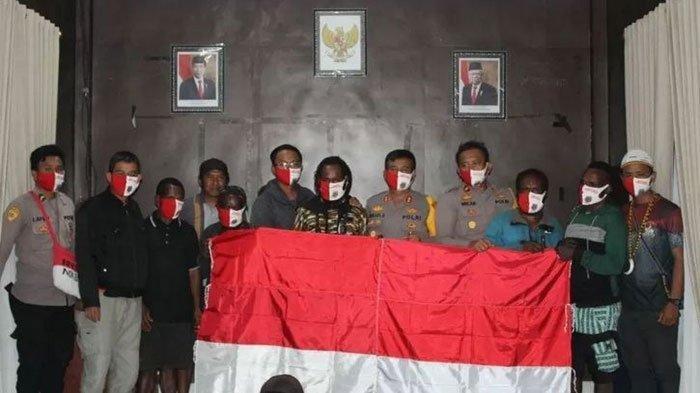 Lagi, Anggota KKB Papua Menyerah dan Kembali ke Pangkuan Ibu Pertiwi NKRI
