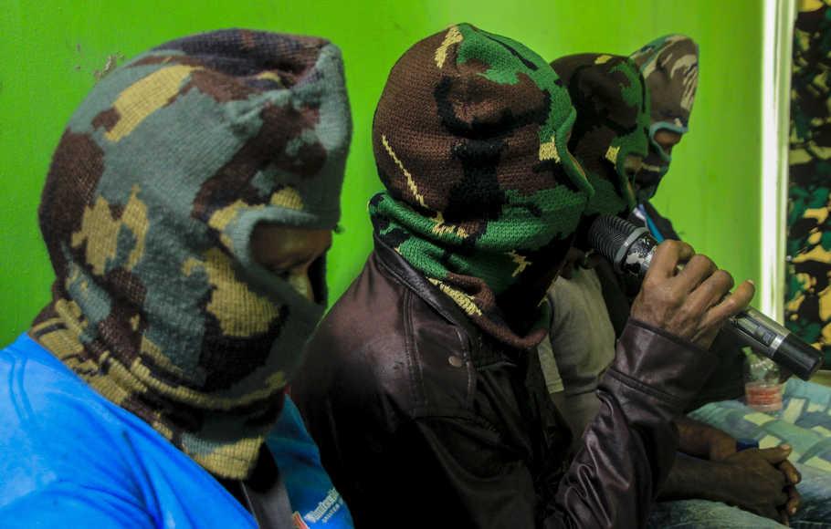 Serahkan Diri, Lima Anggota KSB Papua Ikrar Kembali ke NKRI