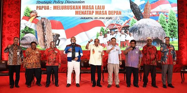 Papua: Meluruskan Masa Lalu, Menatap Masa Depan