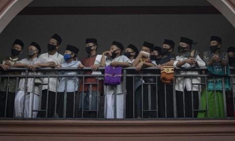 Pemerintah Kucurkan Rp2,59 T Bantu Pesantren Terdampak Corona