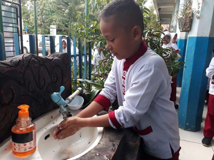 Cuci Tangan 6-10 Kali Sehari Turunkan Risiko Covid-19 Hingga 34%