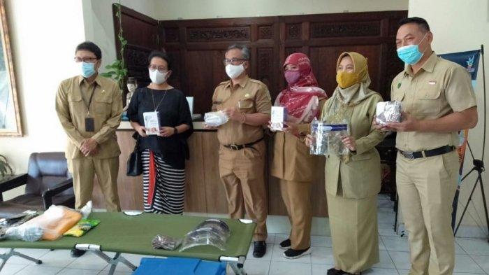 Dispar DIY Serahkan Bantuan Peralatan Higienitas pada Destinasi Wisata Kabupaten/Kota