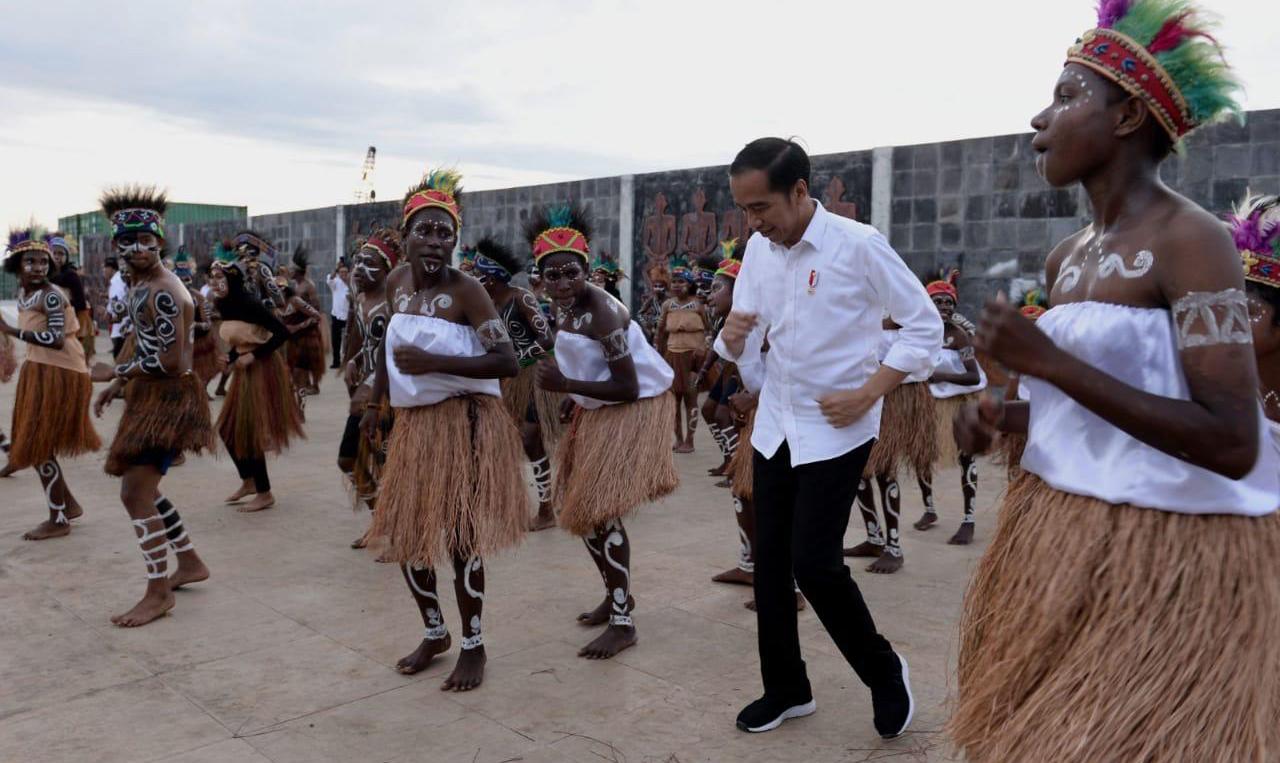 Pemerintah Gencar Membangun Papua