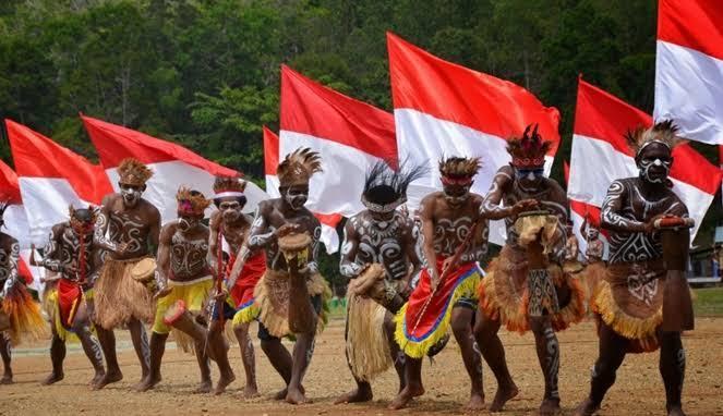 Simbol Kebangsaan Indonesia, Danramil Abepura Yubelinus Simbiak: Ajak Masyarakat Kibarkan Bendera Merah Putih