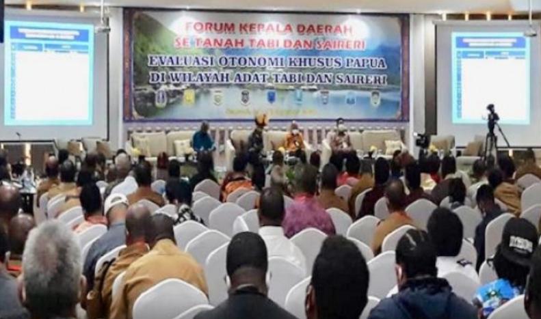 Sembilan Kepala Daerah di Papua Sepakat Otonomi Khusus Lanjut
