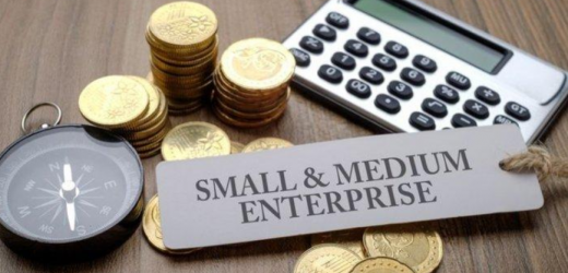 Pengamat Sebut UU Cipta Kerja Mudahkan Investor Buka Lapangan Kerja