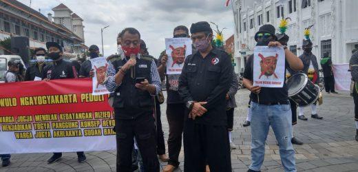 PENOLAKAN WARGA DIY TERHADAP RIZIEQ SHIHAB SANG PROVOKATOR