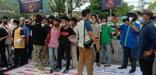 Deretan Aksi Tolak Kedatangan HRS di Berbagai Daerah
