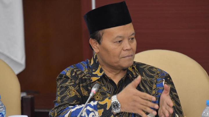 Dukung Gerakan Nasional Wakaf Uang, HNW: Potensi Besar Umat Islam untuk Indonesia Kembali Terbukti
