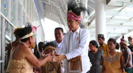 Presiden Jokowi Membangun Papua Lebih Maju