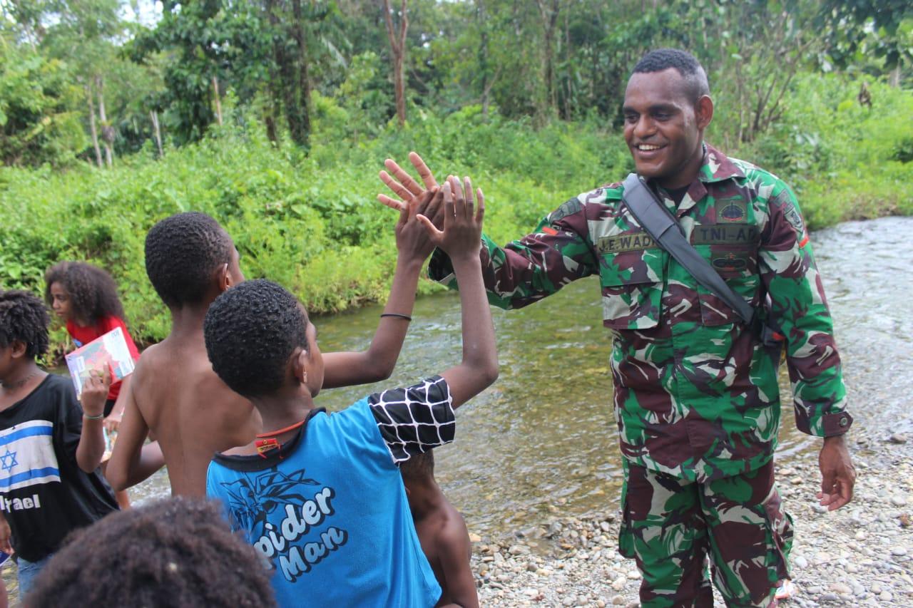 Pengakuan Warga Pendatang di Ilaga, Sempat Takut Kini Aman dengan Kehadiran TNI-Polri