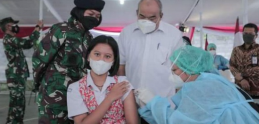 Sebanyak 2.800 Pelajar di DI Yogyakarta Serentak Menjalani Vaksinasi COVID-19