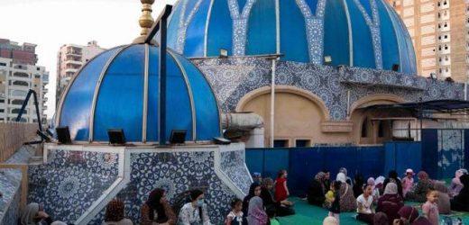 Mesir Bersihkan Masjid dari Buku Salafi dan Ikhwanul Muslimin